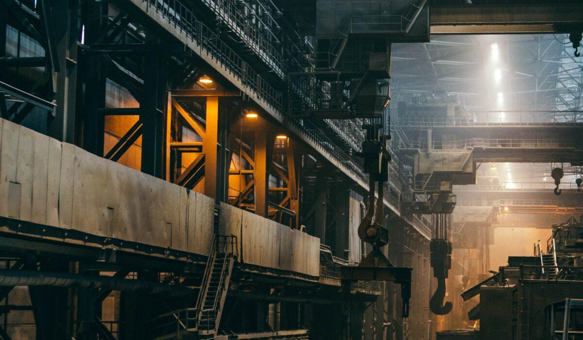 工場をイメージさせる写真